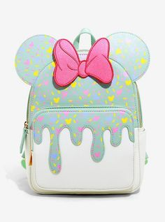 Disney Handbags, Disney Purse, Mode Harry Potter, Danielle Nicole Disney, Cute Disney Outfits, Cute Mini Backpacks, Mini Mochila, Disney With A Toddler, Cute Purses