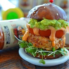 FlavorGod Chicken Sandwich with Guacamole – Tired of boring dried chicken breast