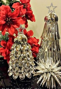 christmas spoon trees, christmas decorations, crafts, repurposing upcycling, seasonal holiday decor