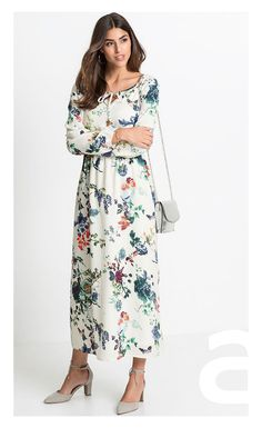 stylizacja casual, ciekawa stylizacja, moda damska, sukienka w kwiaty, sukienka maxi Cold Shoulder Dress, Dresses With Sleeves, Long Sleeve, Casual, Fashion, Vestidos, Moda, Sleeve Dresses, Long Dress Patterns