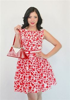 Guys ba ba ba ba baaaa I'm lovin it because it POPS!  This dress I would wear for a job interview, because it would stick out among the rest and they would remember me. ( Loving the handbag too!! )