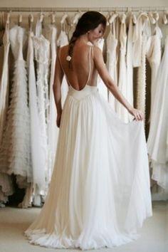 Wedding dress. Backless.
