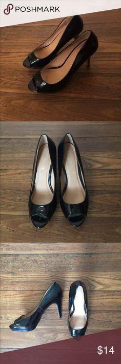 SALE⚡️ ALDO black pumps 👠 ALDO 👠 Gently used black patent leather peep toe pumps Aldo Shoes Heels