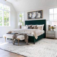 Green Master Bedroom, Master Bedroom Design, Modern Boho Master Bedroom, Green And White Bedroom, Master Bedrooms, Tropical Master Bedroom, Bedroom Interior Design, Contemporary Bedroom Decor, Bohemian Bedrooms