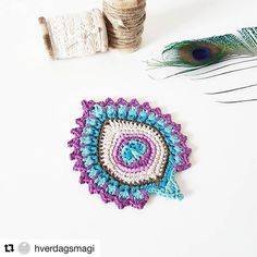 Here& the pattern for the peacock-style pineapple coaster. The six coasters in the picture adorn my kitchen and I have to say tha. My first free crochet pattern, the French Mini Peacock Feather (you can read why it is called Peacock Crochet, Crochet Feather, Crochet Mandala, Freeform Crochet, Thread Crochet, Crochet Motif, Crochet Designs, Crochet Flowers, Crochet Stitches