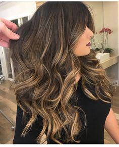Hair Color Balayage Brunette Sun Kissed 26 New Ideas Ombre Hair Color, Hair Color Balayage, Bayalage, Balayage Brunette, Brunette Hair, Blonde Hair With Highlights, Balayage Highlights, Gorgeous Hair, Hair Looks