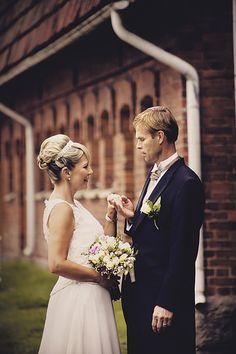 Hääkuvaus Liedossa, Varsinais-Suomessa, Liedon Kuvaus / Turku, Lieto #hääkuvaus #hääkuvaaja #Turku #Lieto #valokuvaamo #wedding #photographer #häät www.liedonkuvaus.fi www.facebook.com/liedonkuvaus
