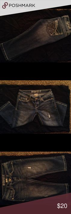 Hydraulic capris Cute comfy denim capris Knee length Hydraulic Jeans Ankle & Cropped