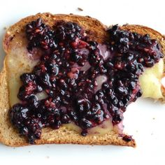 Make this healthy grown-up grilled cheese recipe with brie cheese and smashed blackberries!