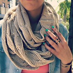 Knit Scarf | uoionline.com: Women's Clothing Boutique