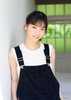 Asia, Overall Shorts, Overalls, Idol, Actresses, Poses, Celebrities, Beautiful Women, Tumblr