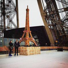 La tour Eiffel dans la tour Eiffel #toureiffel #paris #iceskating by jahom Eiffel_Tower #France