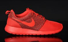 red roshe run safari pack