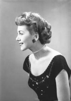 1950s Hair and Makeup http://idrawpinups.com  http://pinupnet.com  @Pinup Artists Network  #pinup #pinupgirl