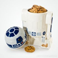 I have always wanted one of these! Star Wars R2-D2 Cookie Jar