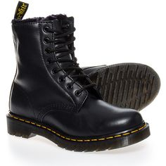 Dr Martens Serena Fur Lined Boot (Black) | Blue Banana UK (1.220 NOK) ❤ liked on Polyvore featuring shoes, boots, botas, chaussures, faux fur lined shoes, black shoes, fur lining boots, dr martens boots and blue shoes