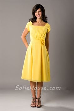 Yellow bridesmaid dress - Latter-day Bride Modest Wedding Dresses, Trendy Dresses, Modest Outfits, Cute Dresses, Prom Dresses, Modest Clothing, Bride Dresses, Dress Prom, Dance Dresses