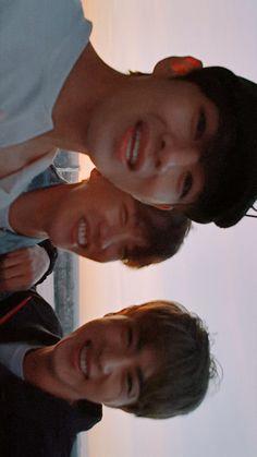Bts Taehyung, Bts Selca, Bts Bangtan Boy, Bts Jimin, Namjoon, Hoseok, Foto Bts, J Hope Selca, V Bts Wallpaper