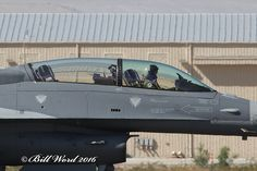 Lockheed Martin F-16IQ D Block 52 Viper cnRB-02 IqAF 1602 b