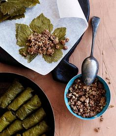 I usually use a mixture of lamb and beef when I make meat dolmades. This recipe is authentic. I usually use a mixture of lamb and beef when I make meat dolmades. This recipe is authentic. Turkish Recipes, Greek Recipes, Egyptian Recipes, Lamb Recipes, Cooking Recipes, Cooking Videos, Meal Recipes, Cooking Tips, Dolmades Recipe