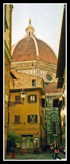 Duomo Appearance - Florence . . . RP: This is the building where I LIVED !  The entrance to the pensione is on the side, & I had the second floor, corner room. The view was the Duomo, fifty feet away!