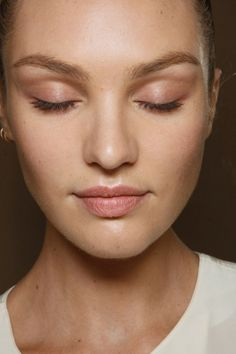 We love the cute pink tint on the eyelids and light pink lip color <3