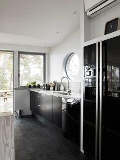 HusmanHagberg, http://trendesso.blogspot.sk/2014/09/dom-v-nordickej-prirode-house-in-nordic.html