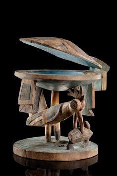 Yoruba Agere Ifa (Divination Cup), Nigeria Africa Art, West Africa, African Wood Carvings, African Sculptures, Art Premier, African Artists, Unusual Art, Objet D'art, Religious Art