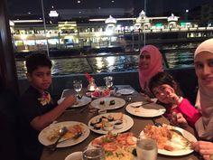 Dinner on ship around Joyphaya river