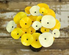 Yellow Painted Ceramic Flowers/Bright & Cheerful by TzadSheni Ceramic Birds, Ceramic Flowers, Clay Flowers, Paper Flowers, Biscuit, Pottery Sculpture, Ceramics Projects, Yellow Painting, Ceramic Painting