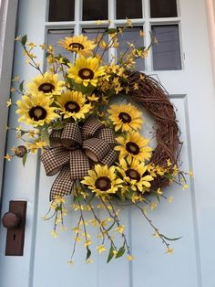 Beautiful Rustic Garden of Sunflowers Spring/Summer Wreath for your Front Door 2019 - summer decor summer dessert summer table decorations summer wedding decor summer wedding decor ideas - summer decor -Summer Vintage Dresses 2019 Wreath Crafts, Diy Wreath, Grapevine Wreath, Wreath Ideas, Door Wreaths, Rustic Wreaths, Diy Spring Wreath, Holiday Wreaths, Christmas Decorations