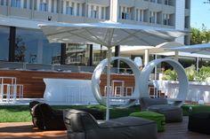 The new garden ideal for parties and relax. Relax, Parties, Lifestyle, Garden, Design, Fiestas, Garten, Lawn And Garden, Tuin
