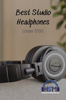 Listen to your beats and favorite songs with the best studio headphones comfortable to your ears with cool black aesthet Best Studio Headphones, Over Ear Headphones, Slim Diet, Audio In, Previous Year, Listening To You, Good Music, Musik