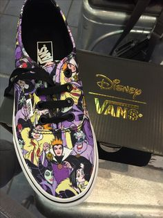 Villains Vans by Disney<<<< I don't want it I neeeeeed it (I don't need it but I wants them)