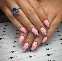 #GlassEffect for #ValentinesDay? Oh yeah!  #SPNnailsUK UV LaQ #gelpolish 615 Honey & #GlassNails effect foil  #Nails by: Alicja Koziolek - Beauty Nails, #SPNnails Team Poland