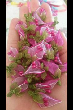 This Pin was discovered by Gül Nylon Flowers, Organza Flowers, Fake Flowers, Diy Flowers, Fabric Flowers, Ribbon Art, Ribbon Crafts, Flower Crafts, Silk Ribbon Embroidery