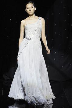 Elie Saab Fall 2007 Couture Fashion Show - Elise Crombez