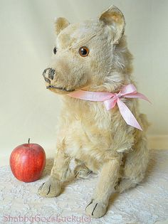 Steiff dog Chow Chow pre-war 1928 – 1931 produced only, large old 14 inch sitting mohair dog, IDs lost, shabby antique stuffed Steiff animal by ShabbyGoesLucky on Etsy https://www.etsy.com/listing/234455612/steiff-dog-chow-chow-pre-war-1928-1931