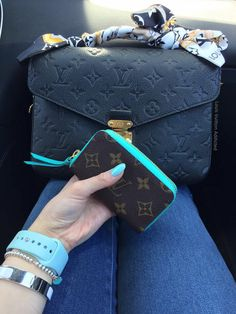 Louis Vuitton Pochette Metis Empreinte with a Wallet. Turquoise <3