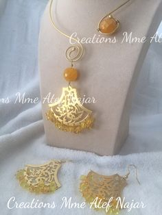 Collier & boucles d'oreilles cuivre plaqué or jade jaune et cristal #new_collection #creative # handmadejewelery #jade #cristal #beads #by #créationsmmeatefnajar