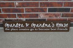 DIY sign for Grandma and Grandpa - what a great way to announce a pregnancy for new grandparents!