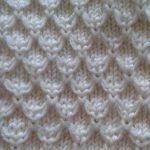 Ravelry: Mock Honeycomb Gloves pattern by Rahymah anleitung stricken Mock Honeycomb Gloves Knitting Stiches, Baby Knitting Patterns, Lace Knitting, Knitting Designs, Knitting Projects, Crochet Stitches, Crochet Patterns, Knitting Charts, Stitch Patterns