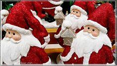 Many Santas With Lanterns FEATURED / EN VEDETTE