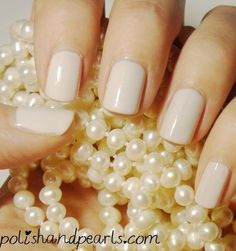 Perfect wedding nails using Essie