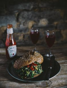 Spinach, chia and chilli burger by Marte Marie Forsberg