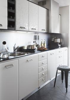 Modernt kök. Modell: Markant, Färg: White velvet / White decor   NordDesign Kök Kitchen Cabinets, Home Decor, Decoration Home, Room Decor, Cabinets, Home Interior Design, Dressers, Home Decoration, Kitchen Cupboards