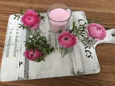 Ranunkeln Sugar Rose, Table Decorations, Flowers, Home Decor, Bud, Decoration Home, Room Decor, Royal Icing Flowers, Home Interior Design