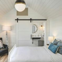 Gorgeous white, blue and neutral bedroom. in Solana Beach – Greige Design Beach Cottage Style, Beach Cottage Decor, Coastal Decor, Shiplap Ceiling, Ceiling Fan, Estilo Tropical, Awesome Bedrooms, Beach Cottages, Beach Houses