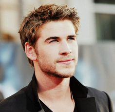 If you are real fan of him you must have Liam Hemsworth Phone Number! http://celebritywizard.net/celebrities-detail/liam-hemsworth-phone-number-get-contact/