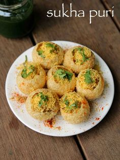 Want to know about healthy indian recipes? Read on Healthy Indian Recipes, Indian Snacks, Vegetarian Recipes, Snack Recipes, Indian Foods, Kitchen Recipes, Garlic Recipes, Onion Recipes, Masala Puri